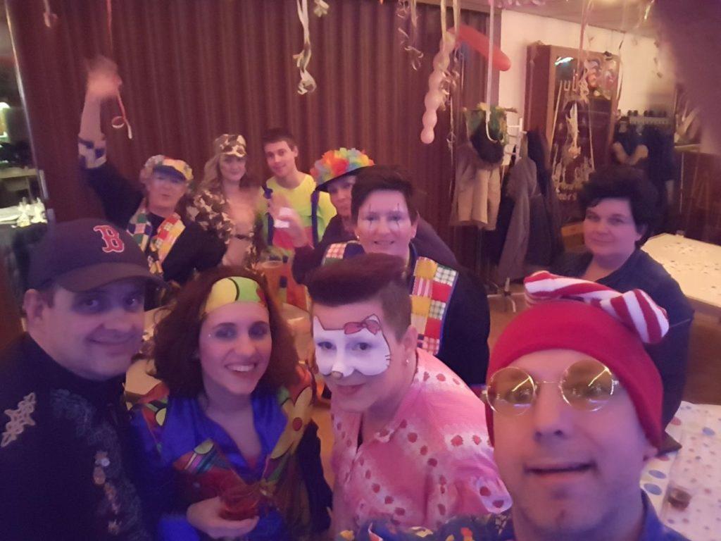 Harmonie St. Michaël viert carnaval